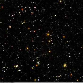 350px-Hubble_ultra_deep_field.jpg